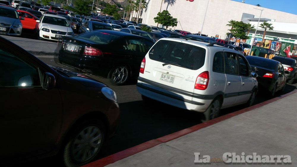 DENUNCIA CIUDADANA: Estacionamientos 3