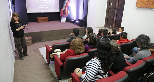 La poesía de Abigael Bohórquez presente en FAOT