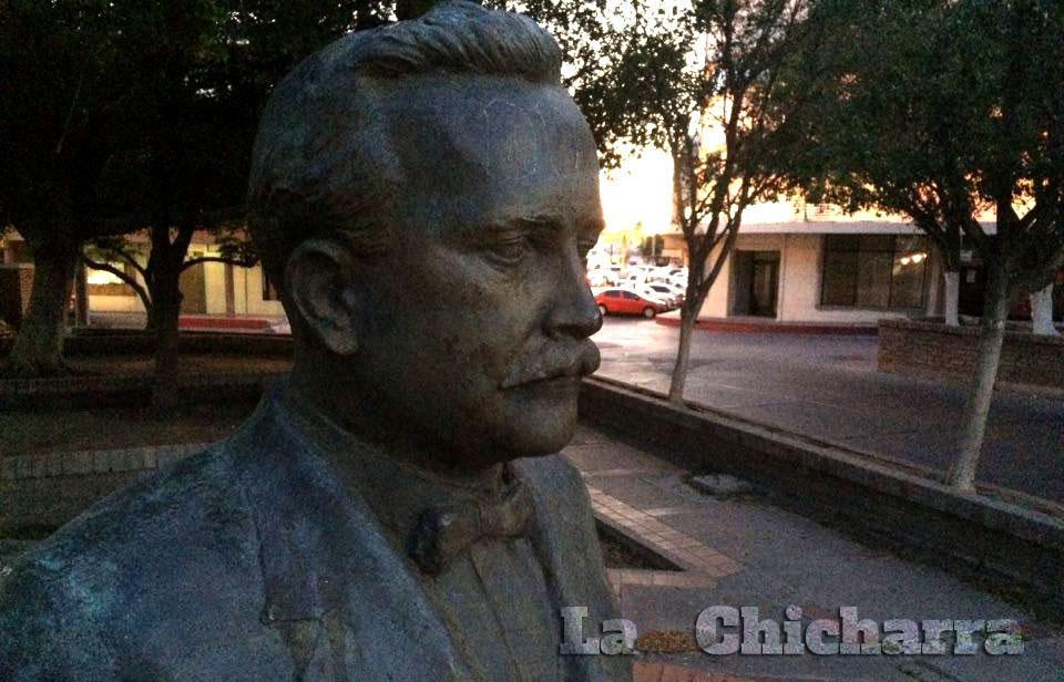 Busto de Rodolfo Campodónico en Hermosillo, Sonora